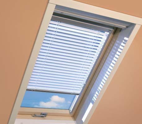 FAKRO AJP I Žaluzie pro střešní okno 07 78 x 140 cm