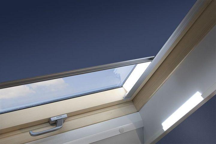 FAKRO ARF I Roleta zatemňující pro střešní okno 07 78 x 140 cm